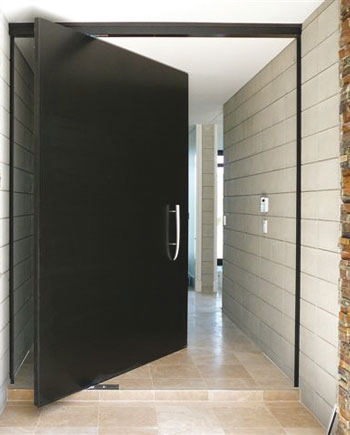Manual AluTec pivot door